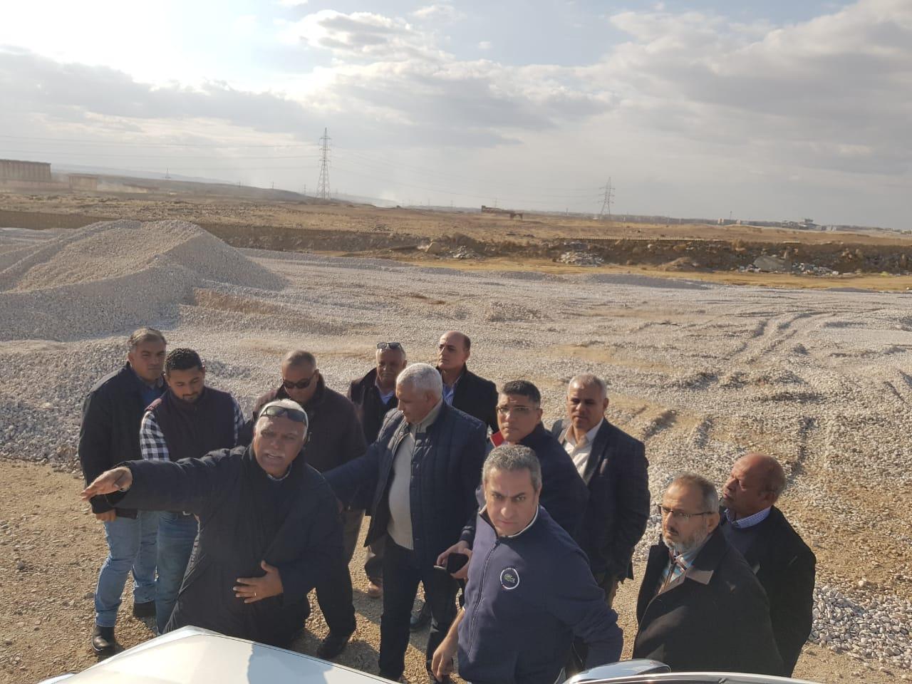 نائب وزير الإسكان يتفقد عدد من مشروعات مدينة القاهرة الجديدة (4)
