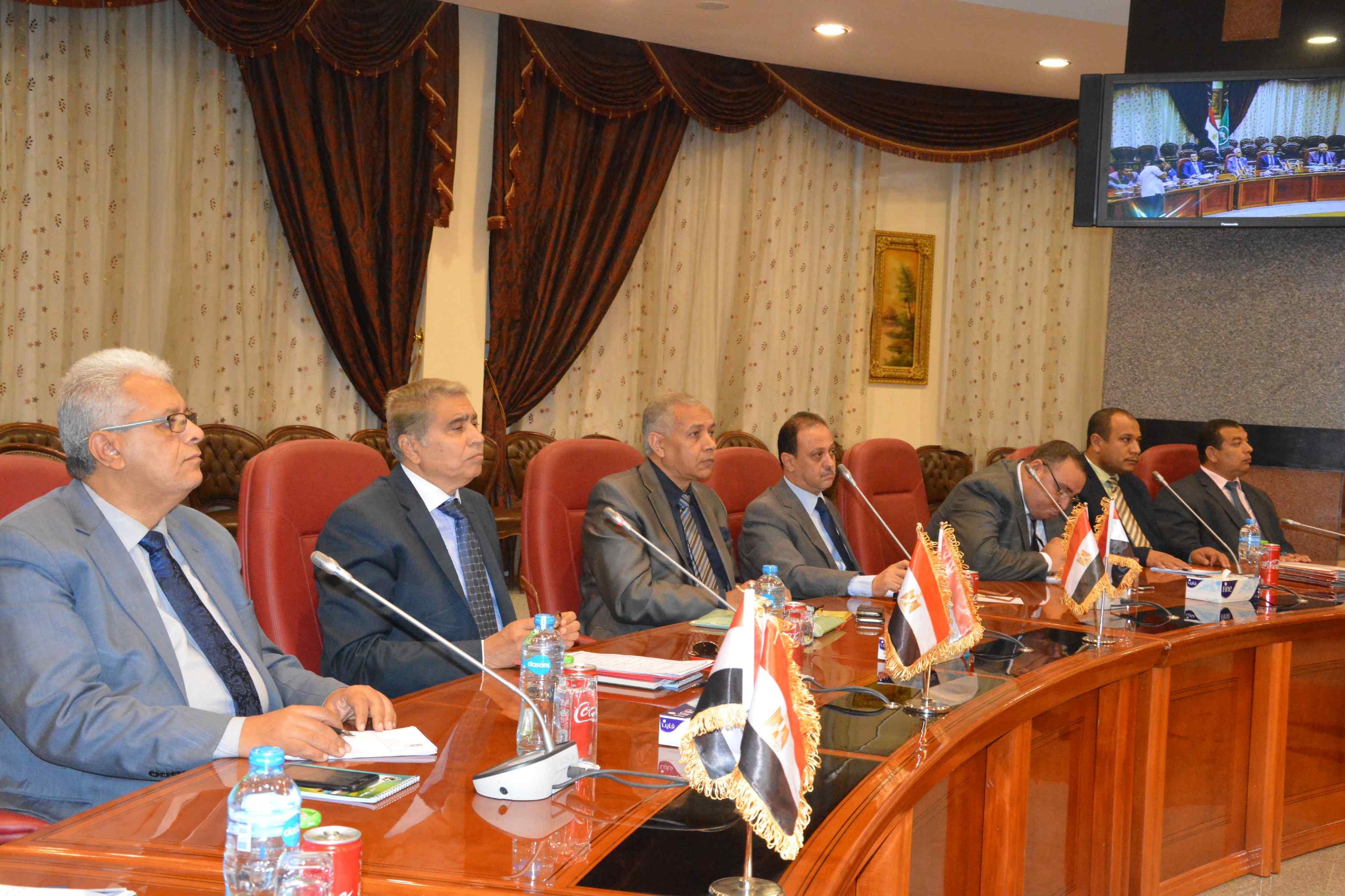 مجلس ادارة المنطقة الحرة (2)
