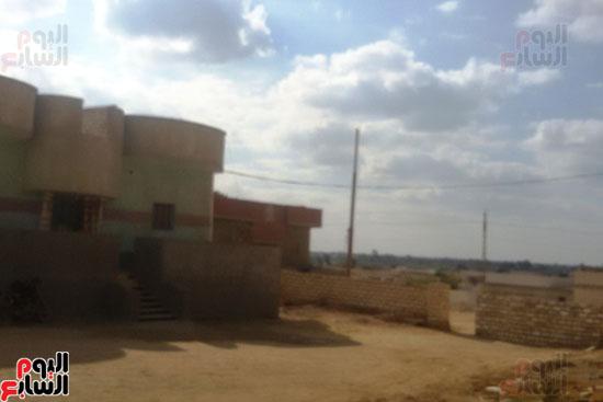 أهالى قرية محمد رضوان ببنى سويف يشكون انعدام الخدمات بالمحافظة (11)