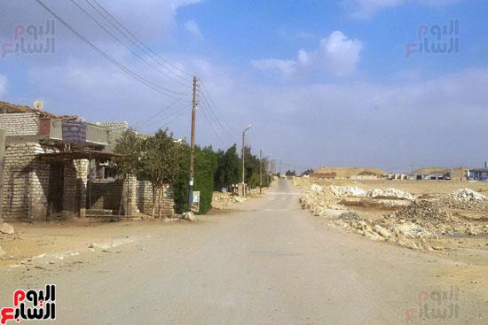 أهالى قرية محمد رضوان ببنى سويف يشكون انعدام الخدمات بالمحافظة (9)
