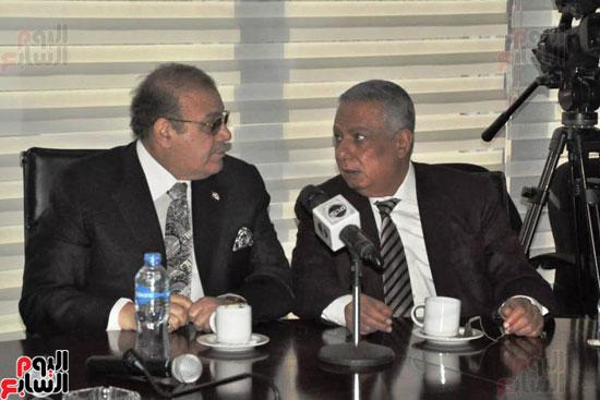 حسن راتب يوقع عقد شراء أرض الجامعة الدولية بالعاصمة الإدارية (6)