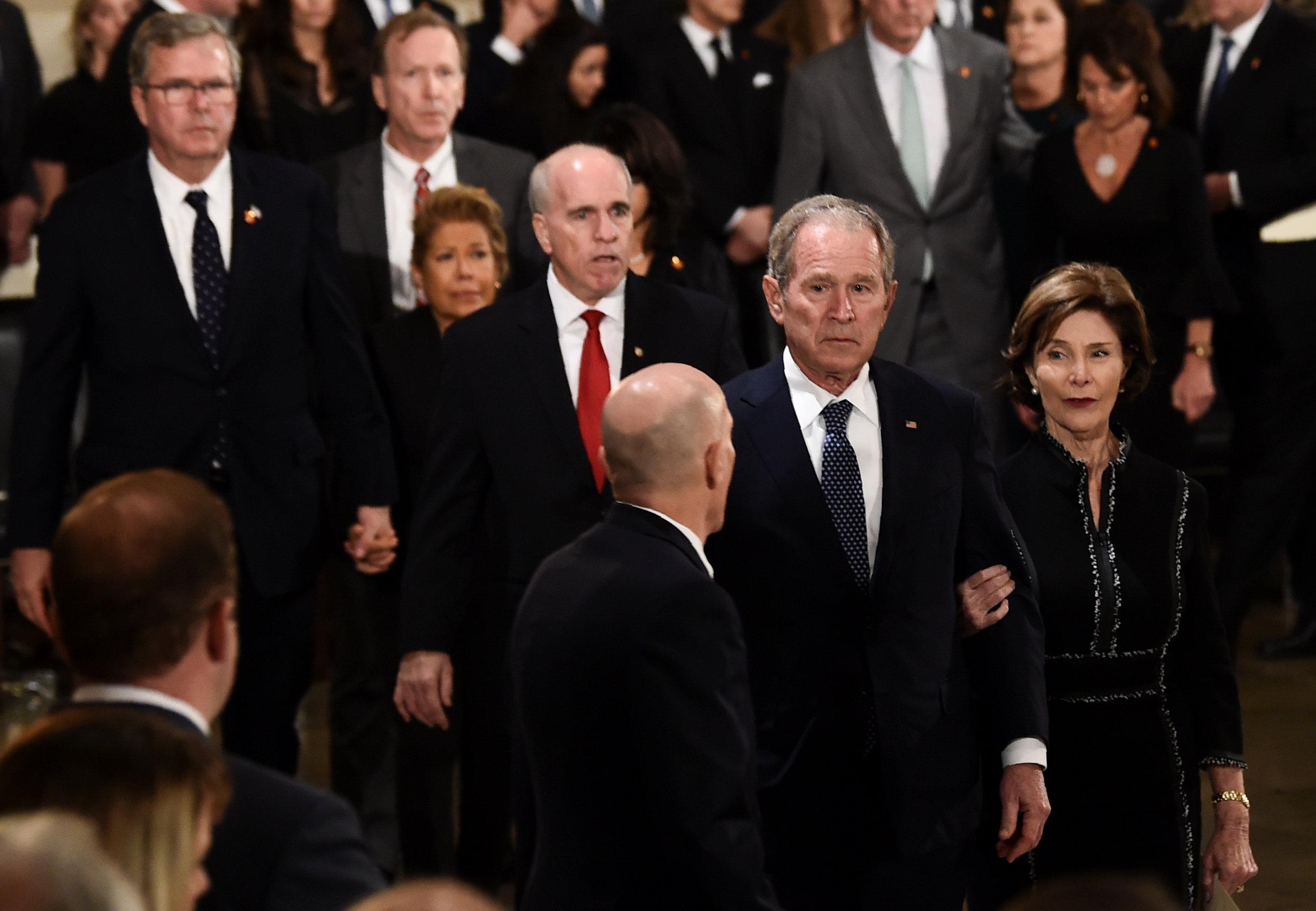 جورج بوش (7)