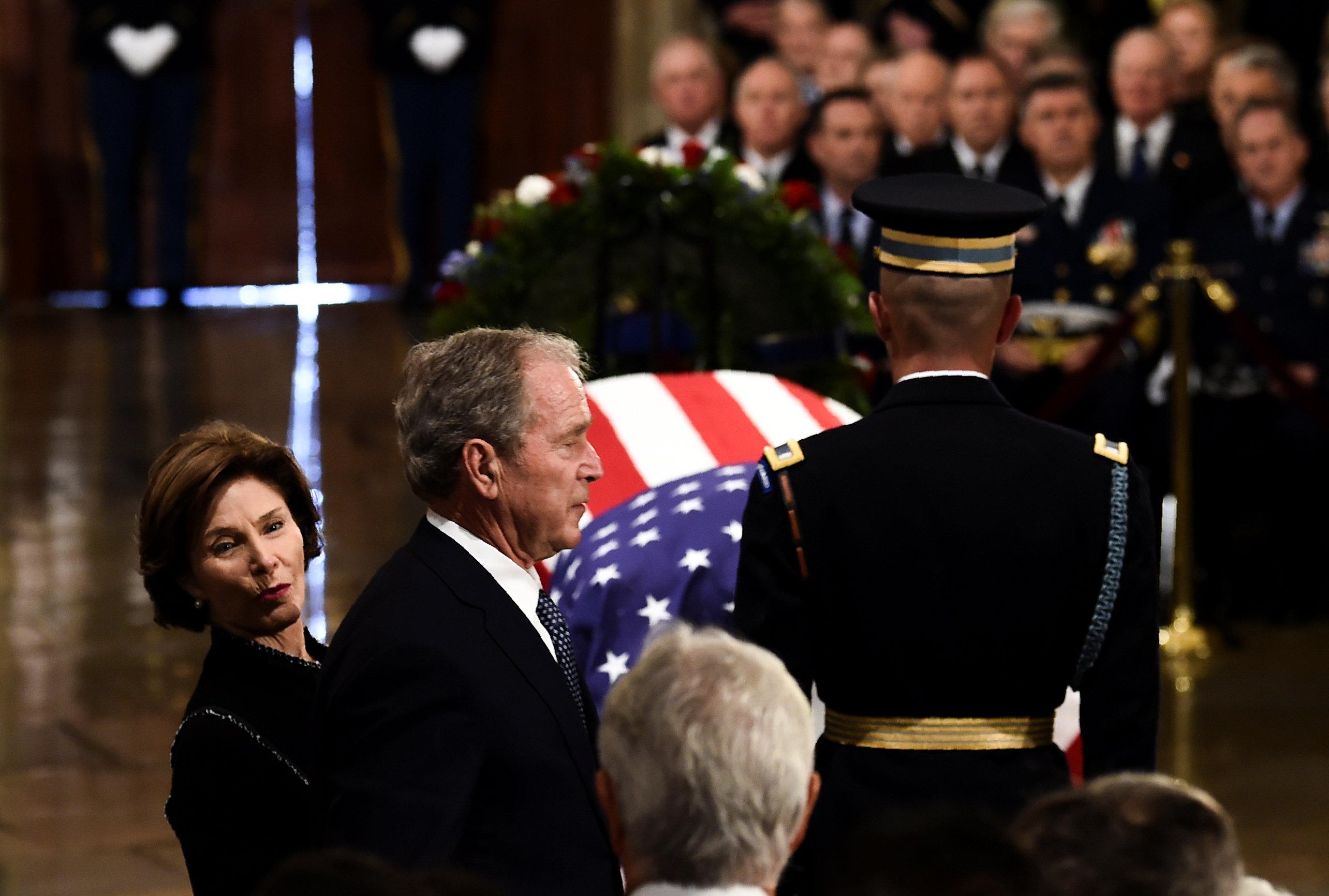 جورج بوش (4)