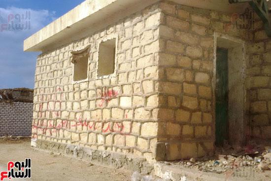 أهالى قرية محمد رضوان ببنى سويف يشكون انعدام الخدمات بالمحافظة (8)