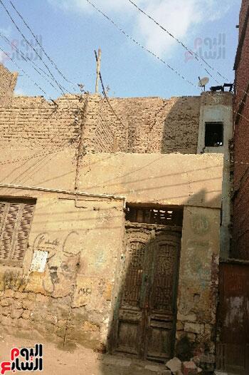 أرملة ببنى سويف تطالب بإعادة بناء منزلها المحترق وشراء جهاز عرس ابنتها (2)