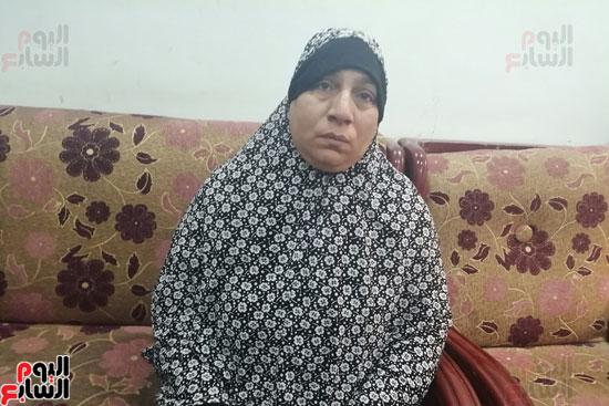 أرملة ببنى سويف تطالب بإعادة بناء منزلها المحترق وشراء جهاز عرس ابنتها (8)