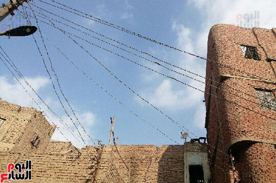 أرملة ببنى سويف تطالب بإعادة بناء منزلها المحترق وشراء جهاز عرس ابنتها (4)