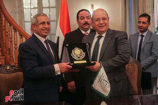 برتوكول تعاون مع البحرية العربية لتكنولوجيا المعلومات (8)