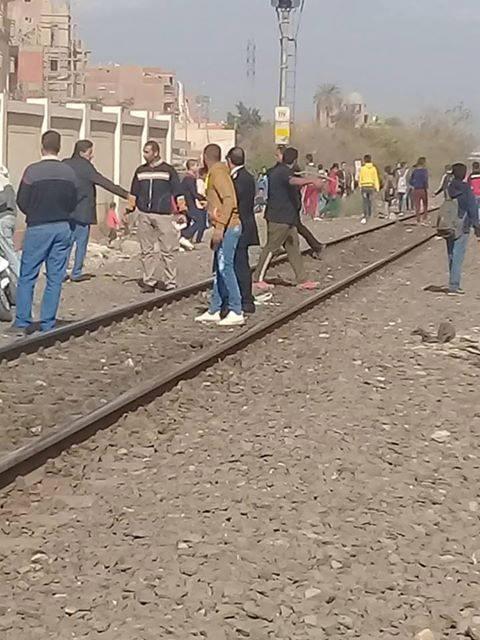 موقع حادث على مزلقان بشتيل  (2)