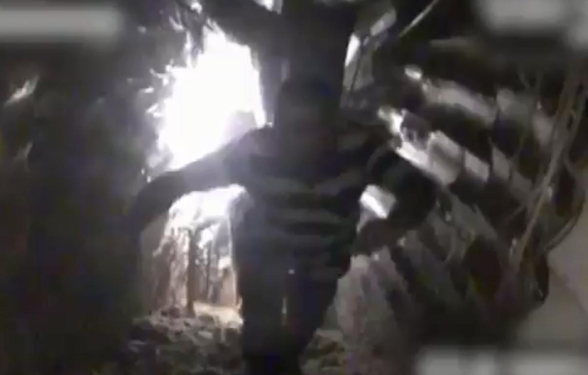 أحد عناصر حزب الله قبل استهدافه