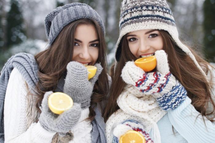 تناول الأطعمة الغنية بفيتامين C