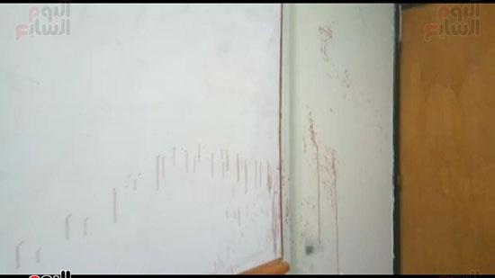 طالب-يعتدى-بالمشرط-على-دكتور-فى-جامعة-أسيوط-(10)