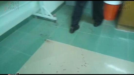 طالب-يعتدى-بالمشرط-على-دكتور-فى-جامعة-أسيوط-(11)