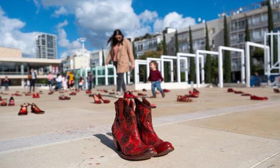 الأحذية الحمراء (2)