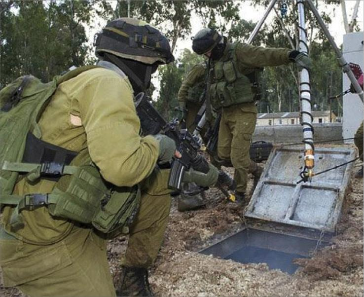 قوات الاحتلال الاسرائيلى يقتحم نفقا