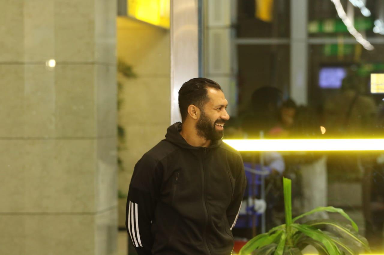 بعثة الإسماعيلى تصل مطار القاهرة استعدادًا للسفر للمغرب (21)