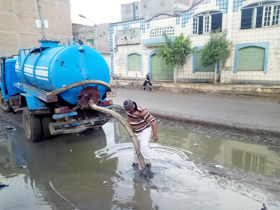 1- رفع مياه الامطار من الشوارع