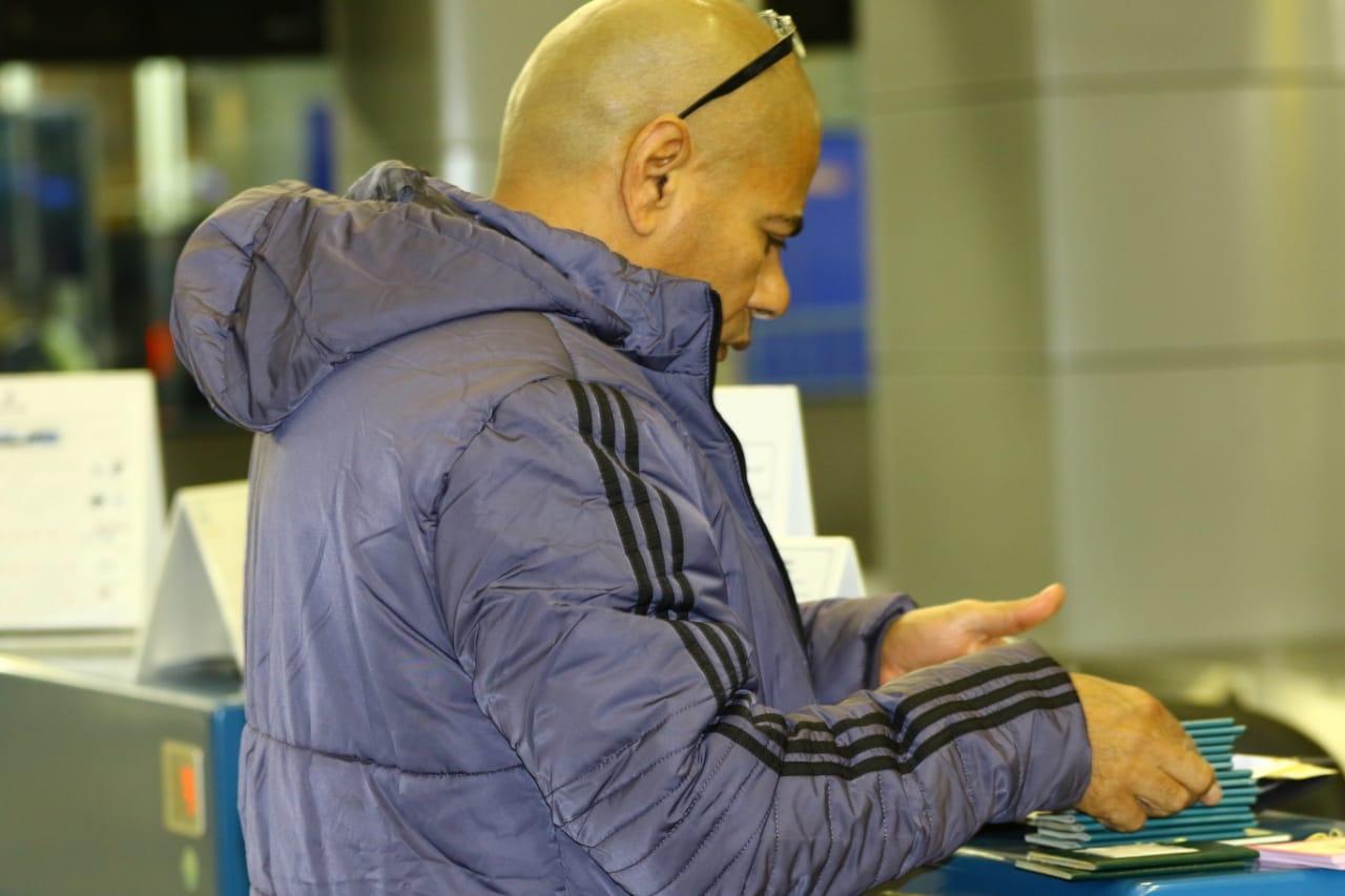 بعثة الإسماعيلى تصل مطار القاهرة استعدادًا للسفر للمغرب (16)