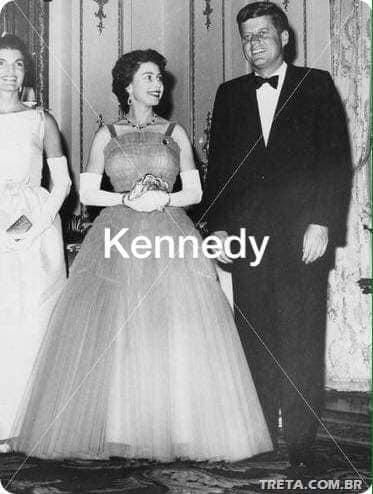 مع جون كينيدى
