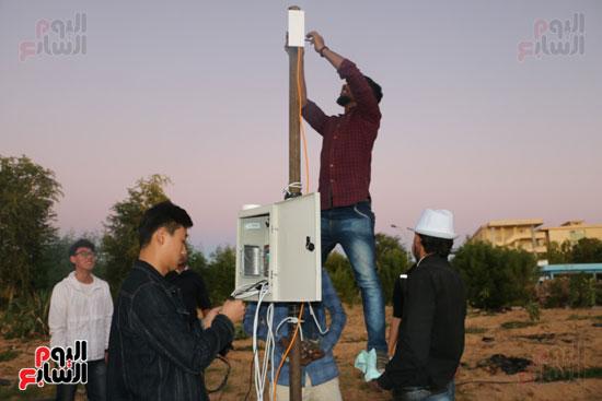 صور.. نظام جديد للرى بواسطة الإنترنت فى كلية الزراعة بأسوان (6)