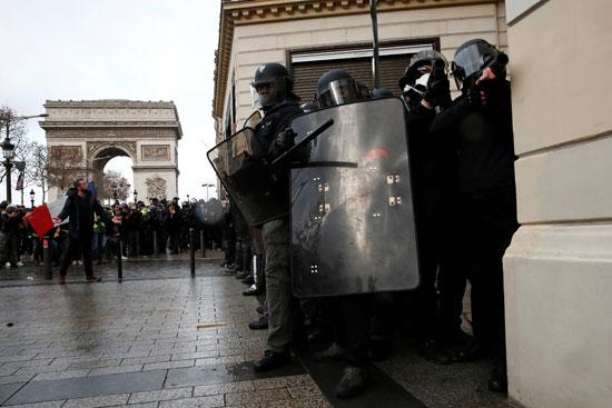 مظاهرات-فرنسا-(16)