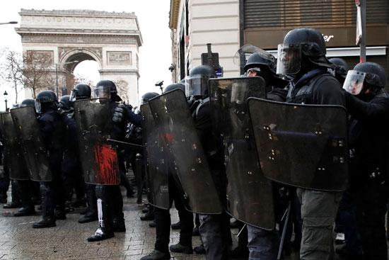 مظاهرات-فرنسا-(31)