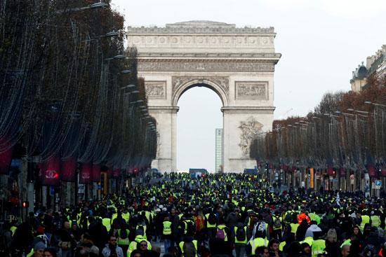 مظاهرات-فرنسا-(8)