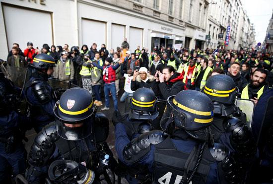 مظاهرات-فرنسا-(29)