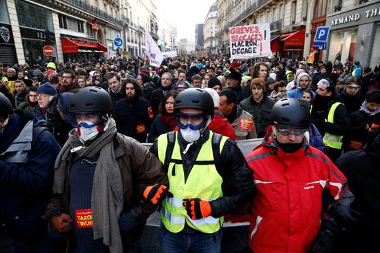 مظاهرات-فرنسا-(15)