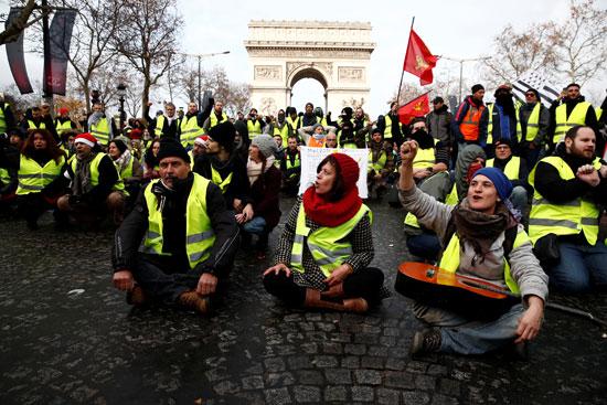 مظاهرات-فرنسا-(7)