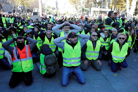 مظاهرات-فرنسا-(12)