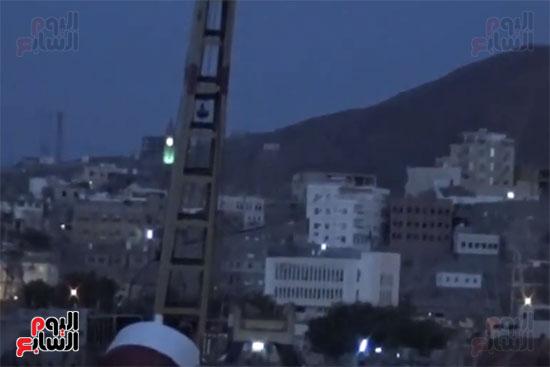 25550-الموقع-الذى-اطلق-منه-الحوثى-قذائفه-ليقتل-الأسر-الفارة-من-بطشه