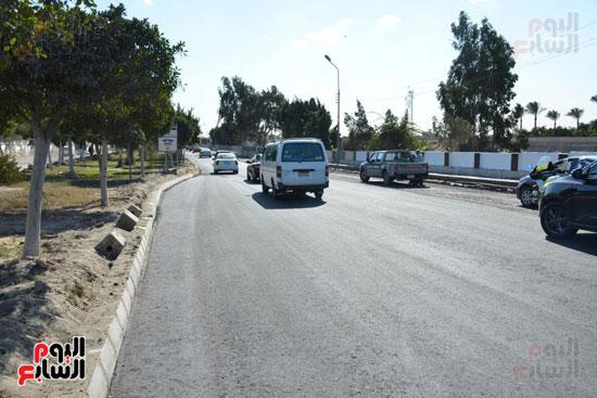 3--إعادة-رصف-الطريق-بمساقة-3-كيلومتر