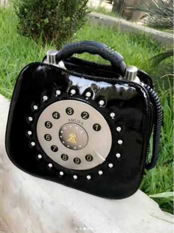 حقيبة رولا سعد