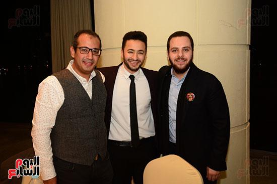 أشرف عبد الباقى ونجوم الفن يحتفلون بـالعرض 100 لمسرح مصر (42)