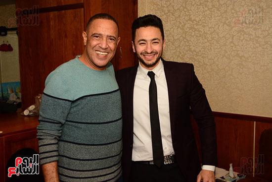 أشرف عبد الباقى ونجوم الفن يحتفلون بـالعرض 100 لمسرح مصر (38)