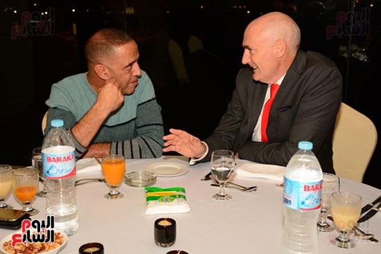أشرف عبد الباقى ونجوم الفن يحتفلون بـالعرض 100 لمسرح مصر (45)