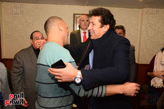 أشرف عبد الباقى ونجوم الفن يحتفلون بـالعرض 100 لمسرح مصر (58)