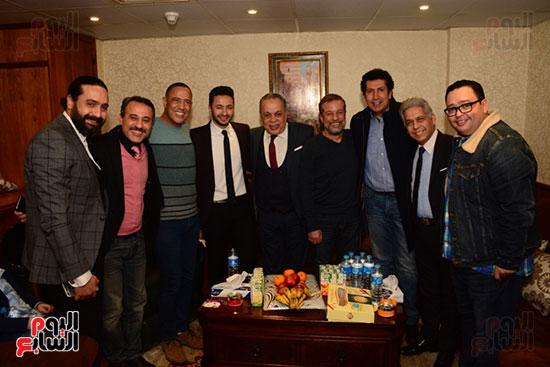 أشرف عبد الباقى ونجوم الفن يحتفلون بـالعرض 100 لمسرح مصر (39)
