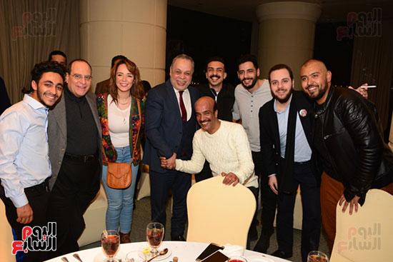 أشرف عبد الباقى ونجوم الفن يحتفلون بـالعرض 100 لمسرح مصر (51)