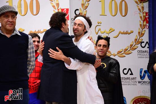 أشرف عبد الباقى ونجوم الفن يحتفلون بـالعرض 100 لمسرح مصر (25)