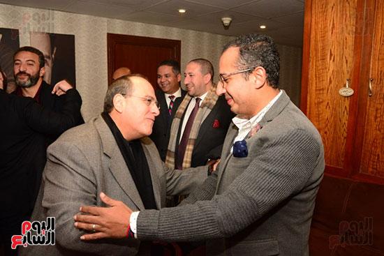 أشرف عبد الباقى ونجوم الفن يحتفلون بـالعرض 100 لمسرح مصر (54)