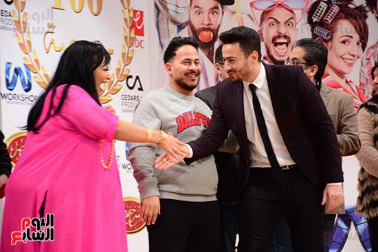 أشرف عبد الباقى ونجوم الفن يحتفلون بـالعرض 100 لمسرح مصر (7)