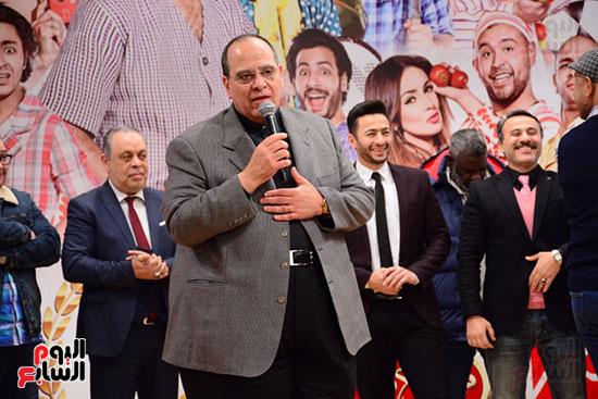 أشرف عبد الباقى ونجوم الفن يحتفلون بـالعرض 100 لمسرح مصر (23)