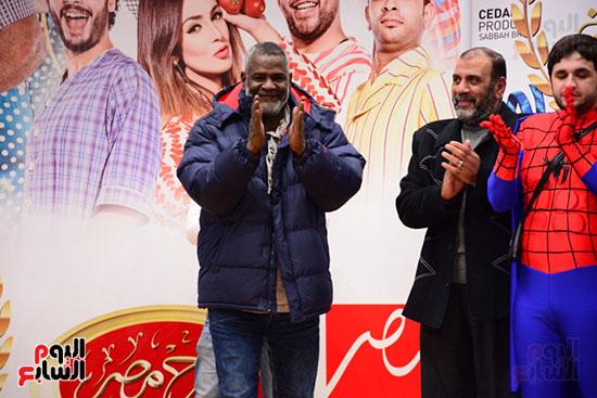 أشرف عبد الباقى ونجوم الفن يحتفلون بـالعرض 100 لمسرح مصر (3)