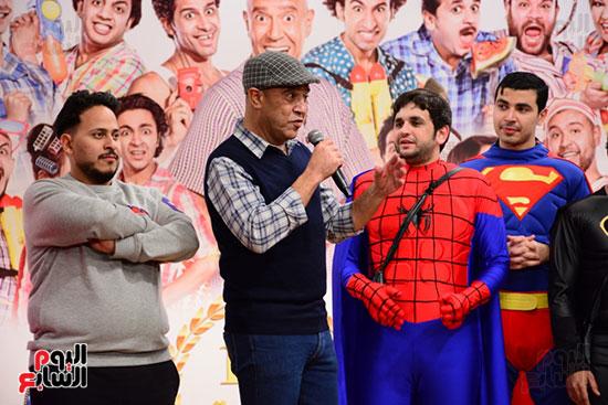 أشرف عبد الباقى ونجوم الفن يحتفلون بـالعرض 100 لمسرح مصر (1)