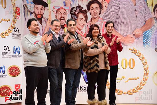أشرف عبد الباقى ونجوم الفن يحتفلون بـالعرض 100 لمسرح مصر (4)