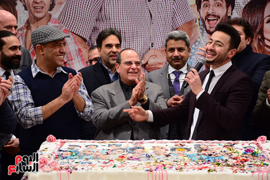 أشرف عبد الباقى ونجوم الفن يحتفلون بـالعرض 100 لمسرح مصر (36)