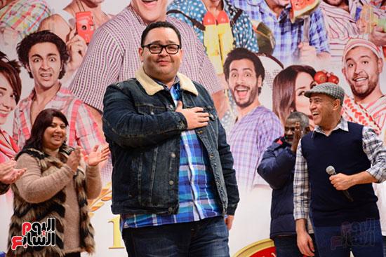 أشرف عبد الباقى ونجوم الفن يحتفلون بـالعرض 100 لمسرح مصر (8)