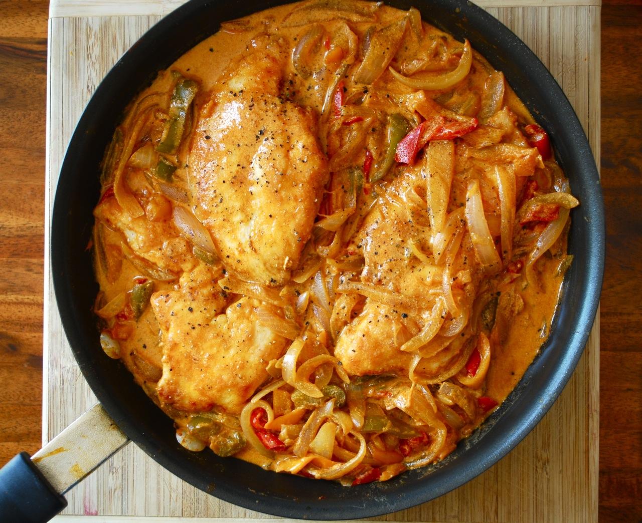 طريقة عمل صدور الدجاج بصوص الباربيكيو (2)